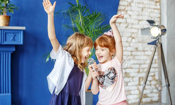 H απόλυτη τραγουδιστική μονομαχία για τα παιδιά και όχι μόνο