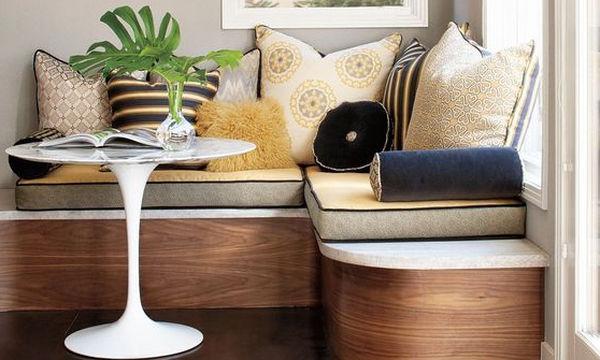 Πώς να ντύσετε τους χτιστούς καναπέδες στο σπίτι σας (pics)