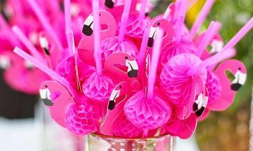 Ιδέες για ένα καλοκαιρινό παιδικό πάρτι όλο ροζ και φλαμίνγκο!
