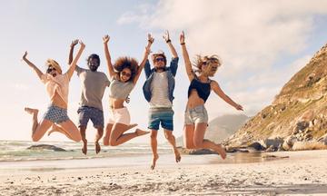 Ποιo ζώδιο είναι η καλύτερη παρέα για τις διακοπές;
