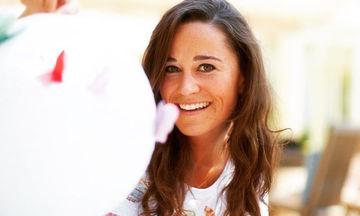H Pippa Middleton ποζάρει με μαγιό σε προχωρημένη εγκυμοσύνη 21e6f545046