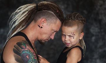 Γονείς και γιος λατρεύουν τα τατουάζ και εντυπωσιάζουν με τις φωτογραφίες τους (pics)