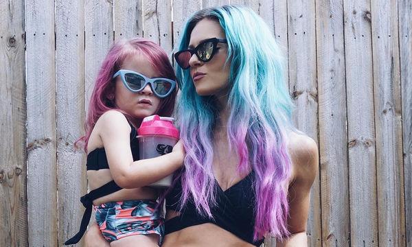 Όταν μαμά και κόρη έχουν στυλ και το δείχνουν! (pics)