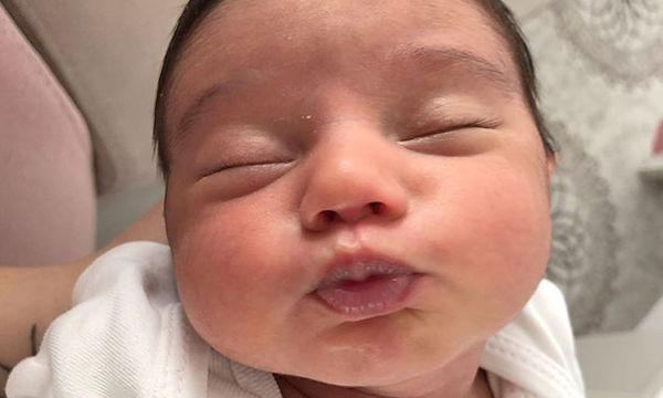 Μαμάδες φωτογραφίζουν τα μωρά τους στις πιο αστείες πόζες (pics)