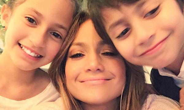 10 φωτογραφίες που αποδεικνύουν ότι η Jennifer Lopez είναι η πιο γλυκιά μανούλα (pics)