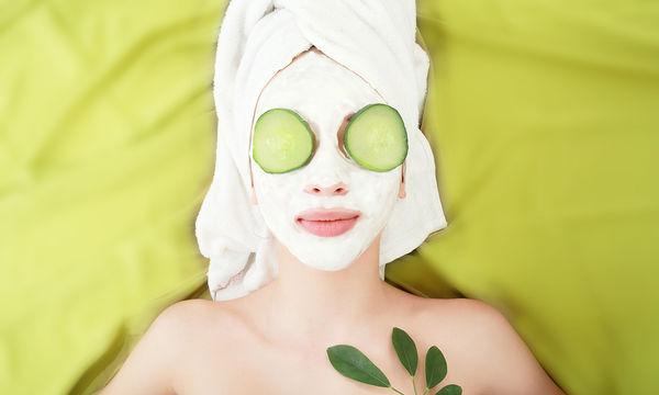 DIY: Τονωτική μάσκα καθαρισμού με αγγούρι για γρήγορα αποτελέσματα (vid)