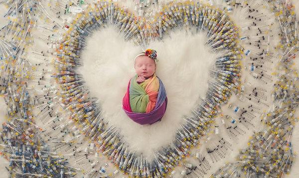 Η συγκλονιστική φωτογραφία που αποτυπώνει το δύσκολο δρόμο της μητρότητας έγινε viral