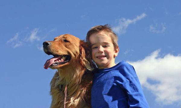 5 λόγοι για να κάνετε τη χάρη στο παιδί σας και να πάρετε σκύλο στο σπίτι