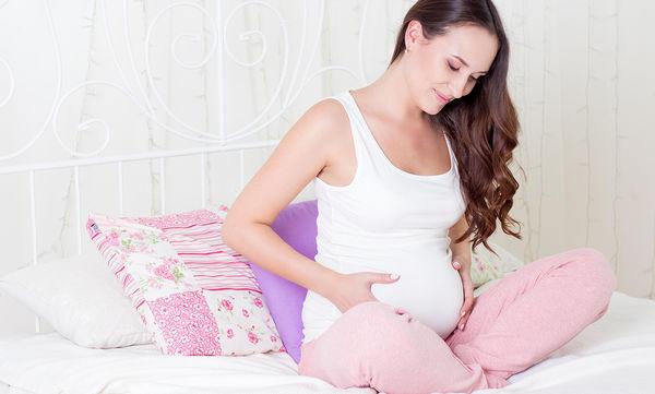 4 τρόποι για να απαλλαχτείτε από τα θέματα με το σώμα σας και να απολαύσετε την εγκυμοσύνη σας