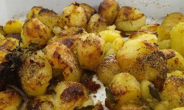 Συνταγή για νόστιμες και τραγανές πατάτες φούρνου