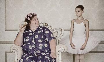 Η φωτογράφος Anna Padchenko φωτογραφίζει την... άλλη πλευρά της μητρότητας