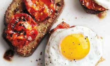 3 έξυπνα κόλπα για το μαγείρεμα των αυγών σου, που πρέπει να ξέρεις