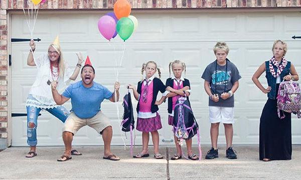 Πρώτη μέρα στο σχολείο: 25 ξεκαρδιστικές αντιδράσεις γονιών όταν αποχαιρετούν τα παιδιά τους (pics)