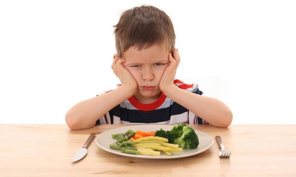 Γιατί πρέπει να αφήνουμε τα παιδιά να τρώνε ό,τι θέλουν