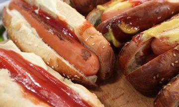 Hot dog με σπιτικά ψωμάκια