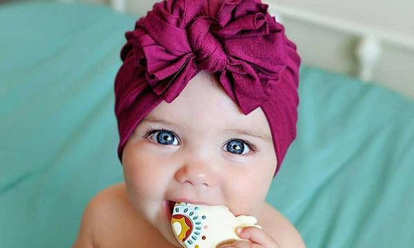 Νέα «τρέλα» στο Instagram: Μαμάδες φωτογραφίζουν τα μωρά τους με τουρμπάνι (pics)