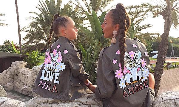 Their style rocks! Μαμά και κόρη δίνουν μαθήματα στιλ (pics)