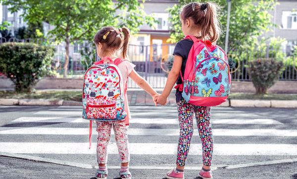 Κοινοποίηση σχολικών φωτογραφιών: Μπορούμε να περιορίσουμε τον κίνδυνο;