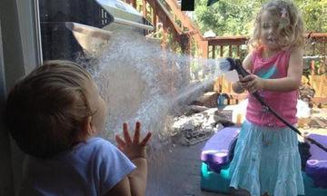 Τα παιδιά έχουν τον δικό τους τρόπο και οι φωτογραφίες αυτές είναι η απόδειξη (pics)