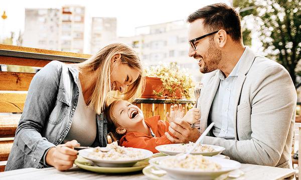 Οικογενειακά γεύματα: Γιατί είναι τόσο σημαντικά;