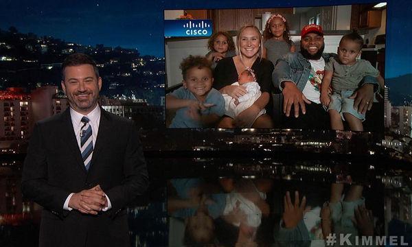 Το δώρο του Jimmy Kimmel σε μια μαμά που γέννησε στο αυτοκίνητο θα σας αφήσει άφωνους (vid)