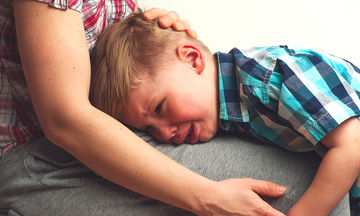 Πώς αντιμετωπίζουμε τη γκρίνια του παιδιού;