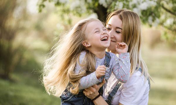 Δέκα απλοί λόγοι που ένα παιδί θαυμάζει τη μαμά του