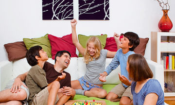Επιτραπέζιο παιχνίδι για μικρούς και μεγάλους: Ο «Ψεύτης Ψύλλος»