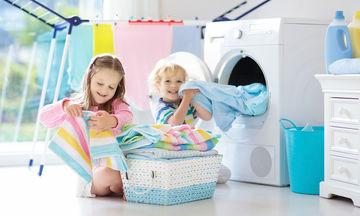 Κι όμως, με αυτό το κόλπο μπορείτε να βγάλετε σιδερωμένα τα ρούχα από το στεγνωτήριο