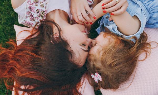 Οι πέντε γλώσσες της αγάπης που καταλαβαίνουν τα παιδιά