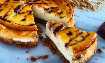 Raspberry cheesecake: Μια λαχταριστή συνταγή από τον Γιώργο Τσούλη