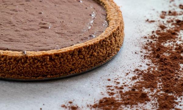 Λαχταριστή και εύκολη τάρτα σοκολάτας - Ήδη μας τρέχουν τα σάλια!