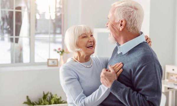 Τα 21 μυστικά ενός ευτυχισμένου ζευγαριού που μετρά πολλές δεκαετίες μαζί