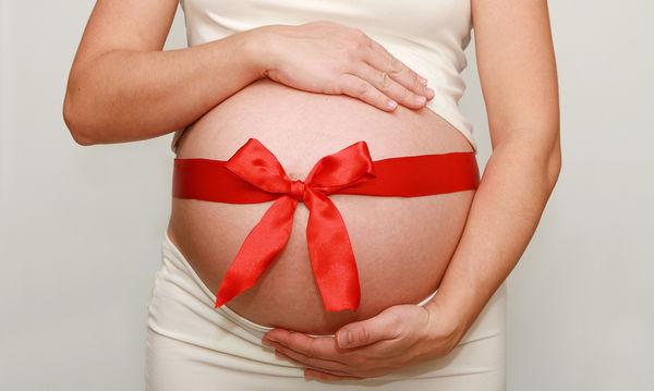 Οι αλλαγές στο δέρμα κατά τη διάρκεια της εγκυμοσύνης και πώς να τις αντιμετωπίσεις