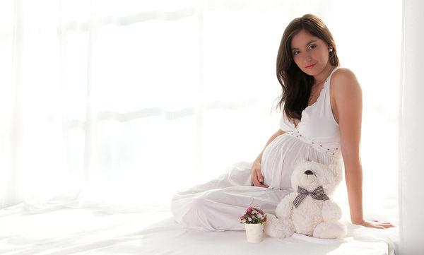 Είναι ασφαλής η λεύκανση κατά τη διάρκεια της εγκυμοσύνης;