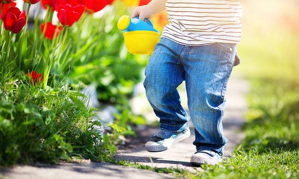 Βελούδινα μπλε παπούτσια για αγόρια που θέλουν να ξεχωρίζουν για το στιλ τους