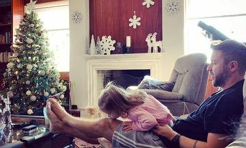Οι Έλληνες διάσημοι στόλισαν χριστουγεννιάτικα νωρίς-νωρίς το σπίτι τους (pics)