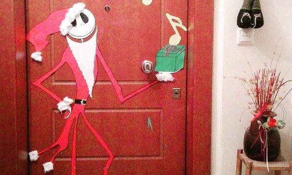 «Επιχείρηση» Χριστουγεννιάτικη πόρτα: Ιδέες για να τη διακοσμήσετε (pics)