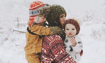 Οι πιο όμορφες χειμωνιάτικες φωτογραφίες μητρότητας είναι αυτές (pics)