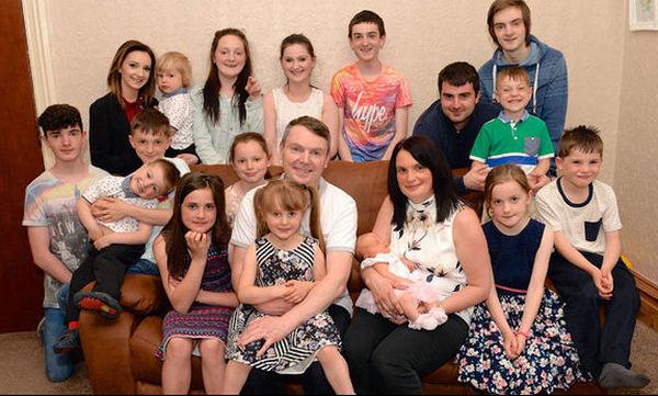 Η βρετανική οικογένεια με τα 21 παιδιά (vid)