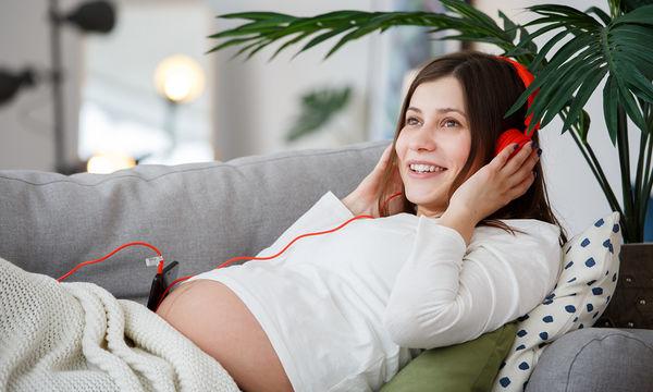 Τα οφέλη της μουσικής κατά τη διάρκεια της εγκυμοσύνης