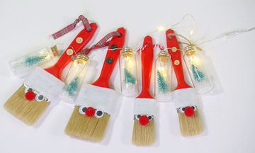 DIY: Χριστουγεννιάτικα στολίδια «Άγιος Βασίλης» από πινέλα (vid)