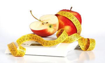 Μπορούμε να χάσουμε κιλά χωρίς δίαιτα; Ο Χάρης Γεωργακάκης μας λύνει την απορία (vid)