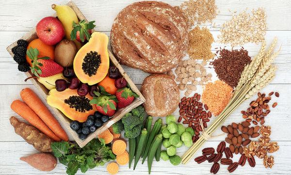 Αυτές είναι οι διατροφικές αλλαγές που πρέπει να κάνεις κάθε δεκαετία της ζωής σου (pics)