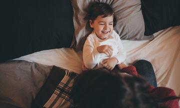 Μαμαδίστικα κόλπα που θα οδηγήσουν τα παιδιά στο κρεβάτι νωρίς ακόμη και τις γιορτές, είναι αυτά!