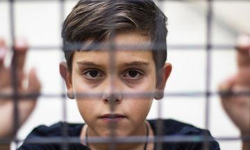 Γονεϊκές εντολές που καταδυναστεύουν τα παιδιά