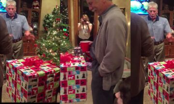 509d7f7288 Άνοιξε το χριστουγεννιάτικο δώρο του και δεν πίστευε στα μάτια του (vid)