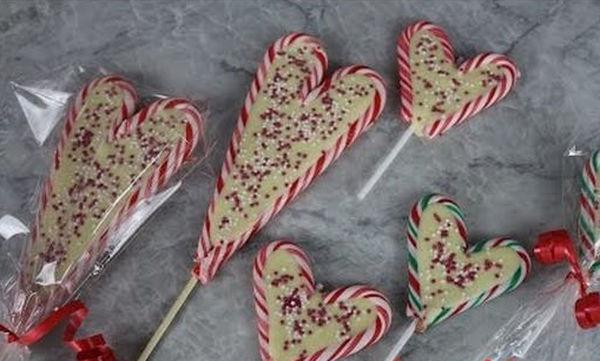 Πώς να φτιάξετε σοκολατένια γλειφιτζούρια σε σχήμα καρδιάς για το παιδικό πάρτι (vid)