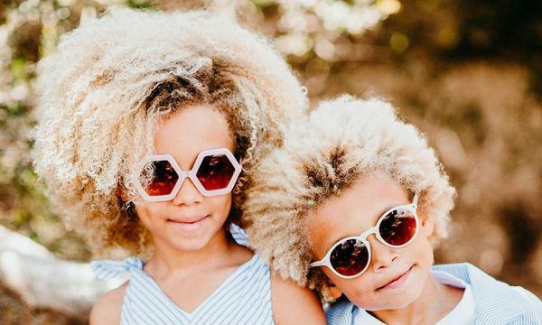 Αυτά είναι τα ξανθά σγουρομάλλικα παιδιά που κάνουν καριέρα στο Instagram (pics)
