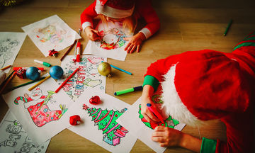 Πώς οι χριστουγεννιάτικες χειροτεχνίες ενισχύουν τη συναισθηματική σχέση με το παιδί μας